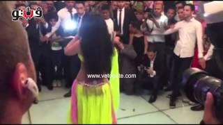 فيتو - «بدلة صافيناز» تثير اعجاب الحضور في حفل زفاف حازم إمام