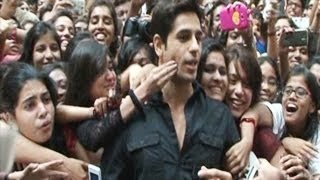 Hot Girls Caught KISSING Sidharth Malhotra in Public