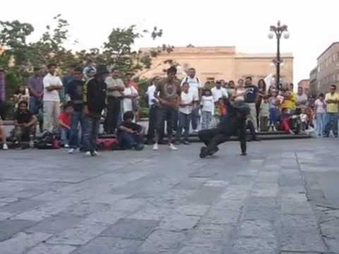 break dancers en san luis potosi
