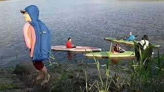 kayaking! even travelers do sport! I did kayaking in Kiashahr, IRAN!