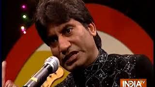 Comedian Raju Srivastava makes audience laugh with his Gabbar-Samba jokes