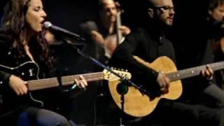 Ana Carolina -- A Canção Tocou na Hora Errada - Vídeo Oficial