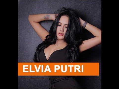 Xxx Mp4 Elvia Putri Model Cantik Yang Eksis Di Bigo 3gp Sex