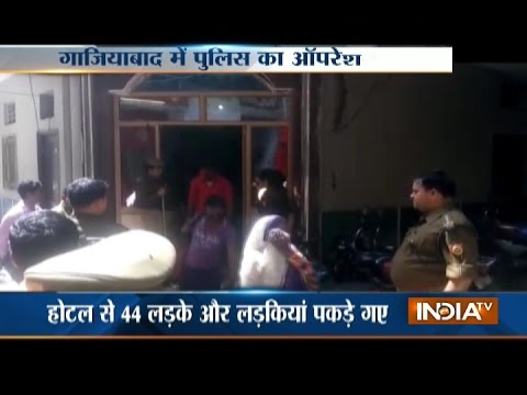 Xxx Mp4 44 Couples Held From Ghaziabad Hotels In Police Raid 3gp Sex