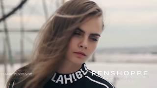 Cara Delevingne - Hot