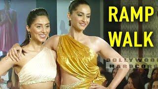 Sonam Kapoor Hot Ramp Walk    Showstopper   Pernia Qureshi's Fashion Show 2016