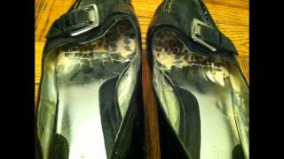 Well Worn Womens Black Patent Leather Buckle Loafer Low Heels Shoes Sz 9.5 Used
