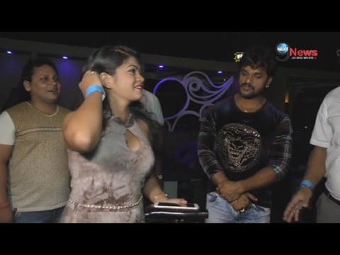 Xxx Mp4 देखिए वीडियो खेसारी लाल यादव ने धमकाया राकेश मिश्रा को सबके सामने Kheari Lal Warns Rakesh Mishra 3gp Sex