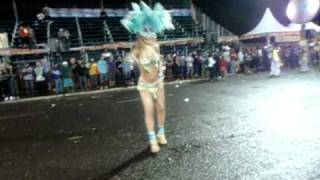 Leticia Close no Carnaval Catanduva 2011