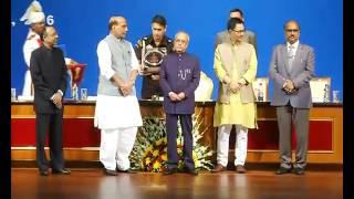 'Hindi Diwas Samaroh', at Rashtrapati Bhavan Auditorium, New Delhi.