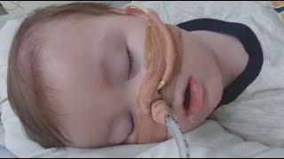 Parents of sick baby Alfie Evans break down in court
