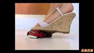 Y - SlowMotion 300fps - Toy Car 03