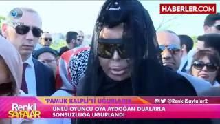 Bülent Ersoy, Oya Aydoğan'ın Mezarı Başından Ayrılamadı