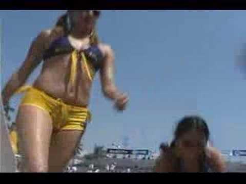 Chicas Corona bailando