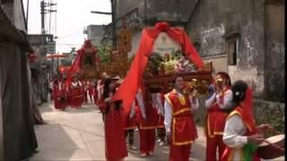 Làng nghề khảm trai truyền thống thôn Chuôn Ngọ rước thánh  09 - 01 âm lịch 2015 phần 1