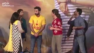 UNCUT: Ranbir Kapoor & Deepika Padukone DANCE At Pillai College - Tamasha Promotions