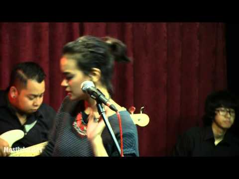 Indra Lesmana ft. Eva Celia - Takkan Ada Cinta yang Lain @ Mostly Jazz 310114 [HD]