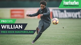 Willian | How to strike a free-kick | Tutorial