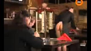 Naked and Funny booty waitress3GP - Simple 144p.3gp