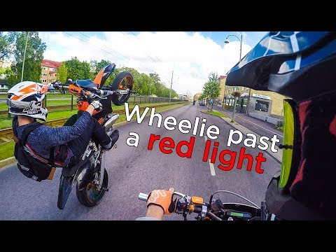 Supermoto Wheelie Adventures | Motovlog