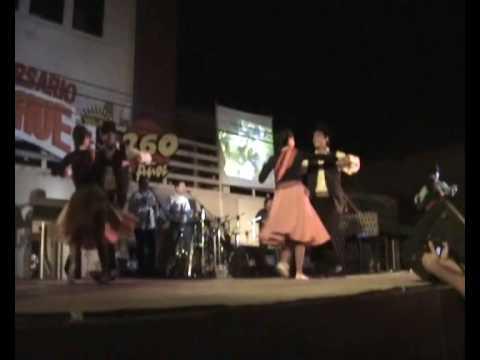 Danzarte bailando Takirari