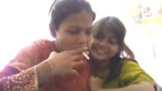 INDIAN FUNNY VIDEOS 2016 |New WhatsApp Viral Videos |Indian Aunty Smoking With Her Daughter