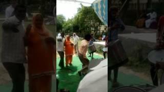 Funny pagal buddha dance