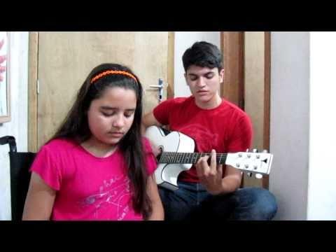 Samuel Andrade e Nanda Sakemi Alegre ou Triste