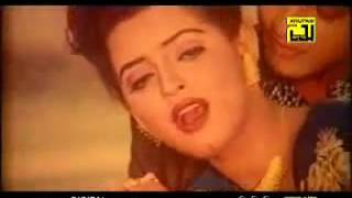 O Bondhure Hridoyer Ayna  bangla movie song