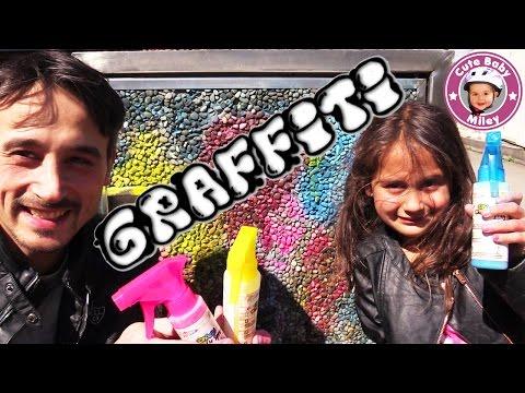 GRAFFITI für Kinder - Kreide Sprühfarben im Test | CuteBabyMiley Kanal für Kinder