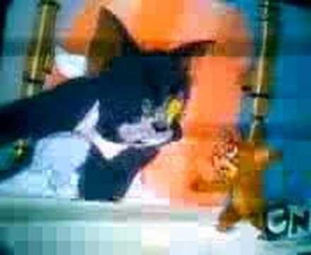 Tom y Jerry Tom se emborracha