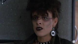 Gotcha- Uma Arma do Barulho ( Cena Góticos/Punks)