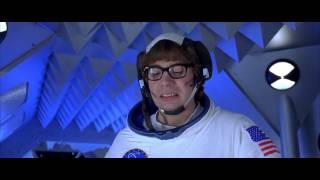 Austin Powers and Mini-Me Fight Scene