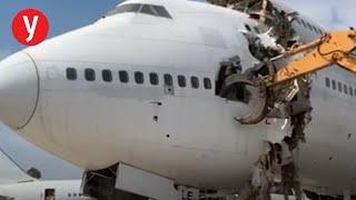 תיעוד: גריטת מטוס אל על שיצא משירות