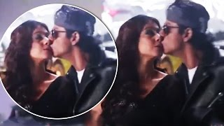 Shahrukh Khan Accidentally KISSES Kajol On LIPS