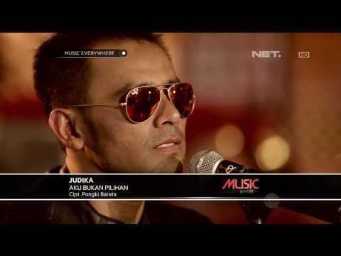 Judika Aku Bukan Pilihan Tribute To Iwan Fals Live At Music Everywhere