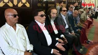 """وشوشة   غضب عادل أمام بسبب صورة """" سيلفي """" أثناء صلاة الجنازة الراحل نور الشريف Washwasha"""