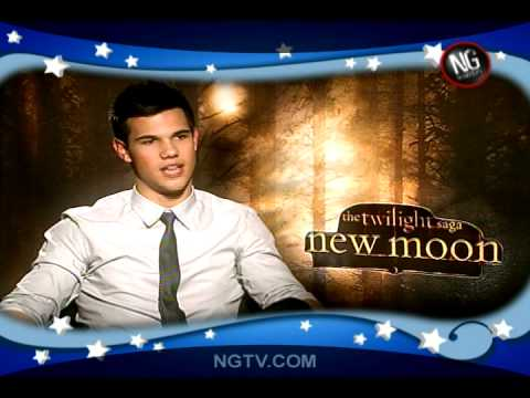 Twilight New Moon Uncensored w/Robert Pattinson, Kristen Stewart, Taylor Lautner & Carrie Keagan