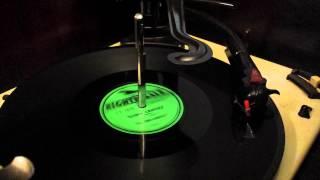 1956 PILOT HI-FI RECORD PLAYER -- MODEL PT 1025 -- MARIA CRISTINA -- VAL-TARO MUSETTE