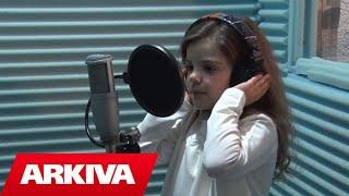 Fiona Kabashi - Mësuesja ime (Official Video HD)