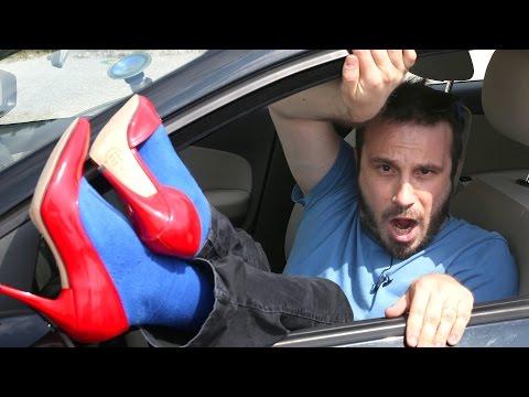 Topuklu Ayakkabı ile Araba Kullandım!