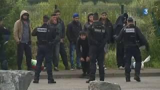 Migrants : le camp de Grande-Synthe en cours d'évacuation