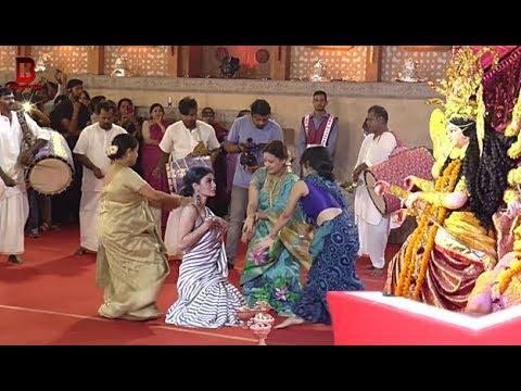 Xxx Mp4 Mouni Roy 39 S Durga Maa Dance At Durga Puja Madap In Mumbai 2018 3gp Sex