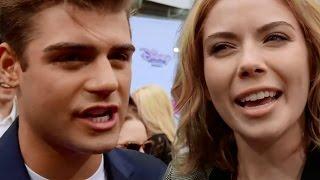 Teen Beach Movie 2 Cast Talks Kissing, Romance & Dancing in Sequel