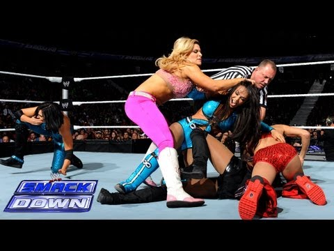 Natalya & Naomi & & Brie Bella vs. Layla & Alicia Fox & Aksana WWE SmackDown Sept. 13 2013