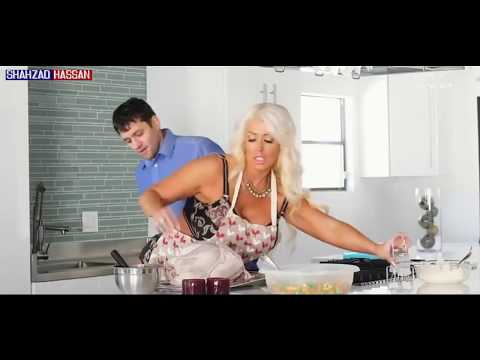 Beautiful Mom Alura jenson Cook Food For Her Stepson