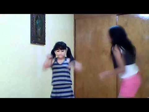 niñas locas bailando soy animadora infantil
