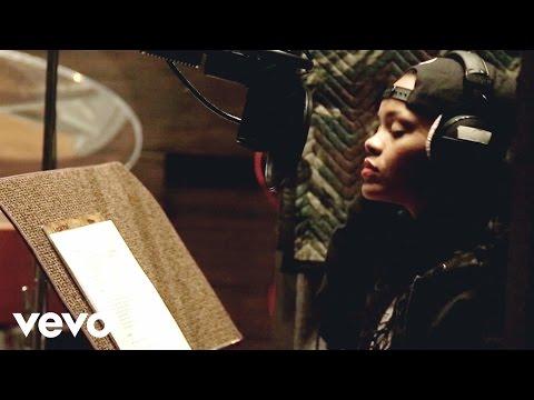 Rihanna - Bitch Better Have My Money (In Studio Behind The Scenes) (Explicit)