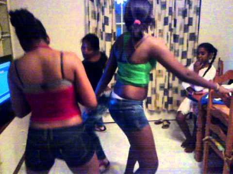 dominicanas bailando