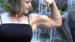 Kim Kilper FBB Biceps